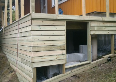 Lagring plass under terrasse