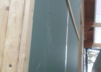 Ny vegg med gips og luft lekter