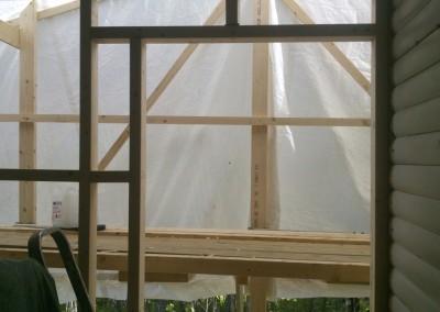 Råtne vegger på hytta skal erstates med nye