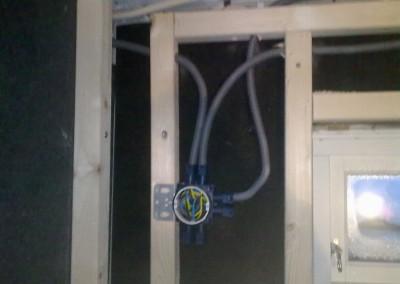 Strømm montering i vegger