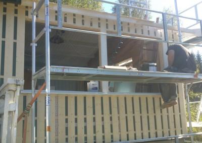 Stua utvidelse med to vinduer